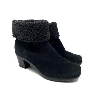 Clark's Black Suede Bendable Boots